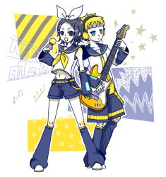 177 2boys ambiguous_gender androgynous bangs belt blonde_hair blue_eyes bow cosplay crossdressing earbuds earphones gopher guitar hair_ornament hairclip instrument justin_law kagamine_len kagamine_len_(cosplay) kagamine_rin kagamine_rin_(cosplay) looking_at_viewer male_focus microphone multiple_boys necktie short_hair shorts simple_background singing soul_eater vocaloid
