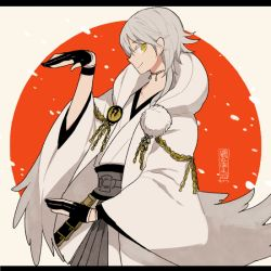 1boy hood japanese_clothes l_hakase male_focus pom_pom_(clothes) profile smile touken_ranbu tsurumaru_kuninaga white_hair yellow_eyes