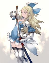1girl armor blonde_hair bow bravely_default:_flying_fairy bravely_second cleavage edea_lee gauntlets greaves katana light_armor long_hair official_art sheath smile solo square_enix sword thighhighs weapon yoshida_akihiko