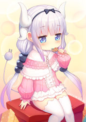 1girl 2017 absurdres arm_at_side artist_name bangs beads black_bow black_hairband blouse blue_eyes blunt_bangs blush bow box buttons candy capelet center_frills cowboy_shot cross-laced_clothes dated dragon_girl dragon_horns dress eating electric_plug eyebrows_visible_through_hair food frilled_capelet frilled_skirt frills fur_trim gothic_lolita gradient gradient_hair hair_beads hair_bow hair_ornament hairband hand_up highres holding holding_food horns jitome kanna_kamui kobayashi-san_chi_no_maidragon lavender_hair legs_together lolita_fashion lollipop long_hair long_sleeves looking_down low_twintails microdress multicolored_hair purple_hair shiny shiny_clothes shiny_skin sitting skirt solo swirl_lollipop tail thighhighs ttheyue twintails white_hair white_legwear