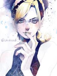 1girl black_hair blonde_hair blue_eyes chikochiko double_bun finger_to_mouth green_lipstick jojo_no_kimyou_na_bouken kuujou_jolyne lipstick makeup multicolored_hair solo two-tone_hair