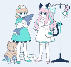 2girls :o aqua_bow aqua_dress aqua_eyes arm_at_side bandage bandaged_leg bandaid bandaid_on_knee bangs bow bowtie brown_hair button_eyes can cat_tail dress eyelashes female flat_color full_body grey_background grey_bow grey_bowtie hair_bow hair_ribbon hashimoto_nyaa hat holding intravenous_drip legs_apart long_hair looking_at_viewer low_twintails medicine_box multicolored_hair multiple_girls notched_ear nurse nurse_cap osomatsu-kun osomatsu-san pill pink_hair pocket polka_dot ribbon short_dress short_sleeves short_twintails simple_background spill standing streaked_hair striped stuffed_animal stuffed_cat stuffed_dog stuffed_fish stuffed_toy tail tail_bow teardrop teddy_bear tied_hair twintails uu_(bd1005) white_bow white_dress yowai_totoko