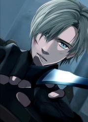 1boy blonde_hair blue_eyes chiya_(sere1) fingerless_gloves gloves knife leon_s_kennedy male resident_evil resident_evil_4 scar solo