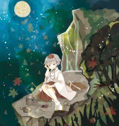 1girl animal_ears cliff detached_sleeves full_moon hat inubashiri_momiji moon night onigiri_(ginseitou) red_eyes short_hair silver_hair skirt solo sword tokin_hat touhou weapon wolf_ears