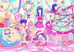 age_progression christmas christmas_tree decorations doll haneru hyuuga_hinata multiple_persona naruto naruto:_the_last naruto_shippuuden presents ribbon uzumaki_naruto wreath