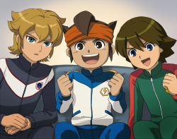 3boys black_eyes blonde_hair blue_eyes brown_hair child endou_mamoru fideo_aldena green_eyes inazuma_eleven inazuma_eleven_(series) male_focus mark_kruger mizuhara_aki multiple_boys smile sport_uniform