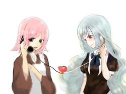 2girls blue_hair cosplay iron_maiden_jeanne japanese_clothes kohaku kohaku_(cosplay) multiple_girls phone pink_hair shaman_king tamamura_tamao tsukihime