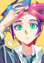 1boy ? blazer blue_hair blue_necktie close-up fujiki_yuusaku green_eyes hands_in_hair jacket looking_at_viewer male_focus multicolored_hair necktie school_uniform short_hair simple_background solo spoken_question_mark sweatdrop yellow_background yu-gi-oh! yuu-gi-ou_vrains