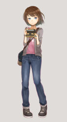 1girl blue_eyes bob_cut brown_hair camera cardigan denim highres jeans life_is_strange max_caulfield open_cardigan open_clothes pants purea short_hair simple_background solo