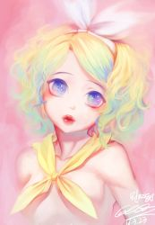 1girl 2016 blonde_hair blue_eyes bow closed_mouth cockia collarbone dated hair_ornament hairband hairclip head_tilt highres kagamine_rin kerchief looking_at_viewer pink_background red_lips signature solo topless upper_body vocaloid wavy_hair white_bow