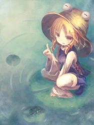 1girl blonde_hair brown_eyes frog hat moriya_suwako short_hair solo squatting thighhighs ti_owo touhou white_legwear wide_sleeves