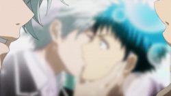 2boys animated animated_gif kiss lowres miyamura_toranosuke multiple_boys yamada-kun_to_nananin_no_majo yamada_ryu yaoi