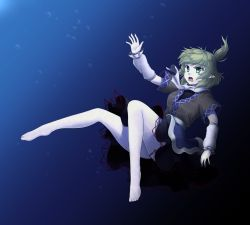 1girl arm_warmers bare_legs barefoot blonde_hair gomi_(gomitin) green_eyes mizuhashi_parsee open_mouth pointy_ears ponytail reaching_out sash scarf shirt short_sleeves skirt solo touhou underwater