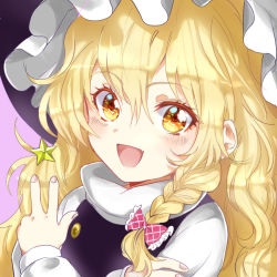 +_+ 1girl :d blonde_hair blush bow braid crossed_arms fang fingernails hair_between_eyes hair_bow hat kirisame_marisa long_hair long_sleeves looking_at_viewer open_mouth rosette_(roze-ko) side_braid single_braid smile solo star touhou turtleneck v wavy_hair witch_hat yellow_eyes