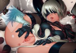 1girl anus black_dress black_hairband black_legwear blindfold boots cleavage_cutout covered_eyes dress feather-trimmed_sleeves hairband leotard leotard_aside lips long_sleeves mole mole_under_mouth nier_(series) nier_automata pod_(nier_automata) pussy pussy_juice recording silver_hair spread_pussy thigh_boots thighhighs thighhighs_under_boots typo_(requiemdusk) white_leotard yorha_no._2_type_b