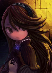 1girl agnes_oblige bangs bravely_default:_flying_fairy bravely_default_(series) brown_gloves brown_hair capelet chibi close-up dungeon gloves hair_over_one_eye hairband koi_drake long_hair solo swept_bangs