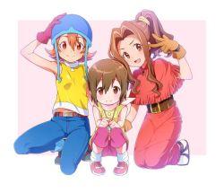 akira_(natsumemo) brown_eyes brown_hair digimon digimon_adventure gloves hat kneeling navel no_hat ponytail tachikawa_mimi takenouchi_sora v yagami_hikari