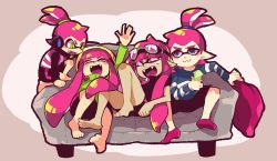 2boys 2girls :3 barefoot blue_eyes cellphone commentary_request couch domino_mask fangs goggles goggles_on_head green_eyes headphones inkling laughing mask multiple_boys multiple_girls nana_(raiupika) phone pink_eyes pink_hair pointy_ears ponytail socks splatoon sweatdrop tentacle_hair