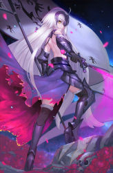 1girl armor armored_boots bare_back bare_shoulders black_gloves black_legwear blonde_hair boots cowter duan_henglong fate/grand_order fate_(series) flower full_body fur_trim gloves high_heel_boots high_heels highres jeanne_alter long_hair looking_at_viewer looking_back parted_lips petals rose ruler_(fate/apocrypha) ruler_(fate/grand_order) shoulder_blades skull smile solo standard_bearer sword thighhighs very_long_hair weapon white_hair wind yellow_eyes