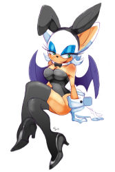 1girl 2013 artist_request black_legwear breasts bunny_ears bunnysuit cleavage collar eyeshadow furry gloves green_eyes hairband high_heels large_breasts legs_crossed lipstick rouge_the_bat sega simple_background sitting smile sonic_the_hedgehog thighhighs white_background wings